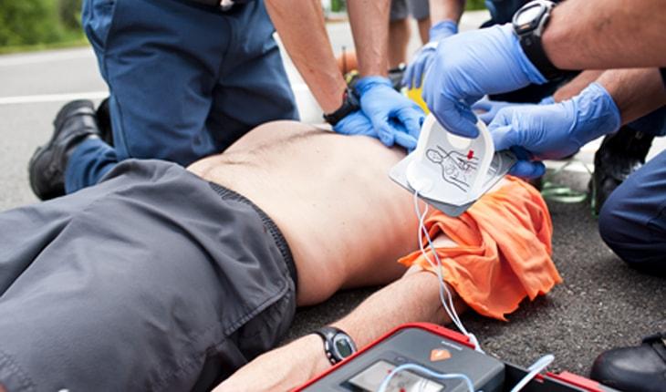 fungsi defibrillator